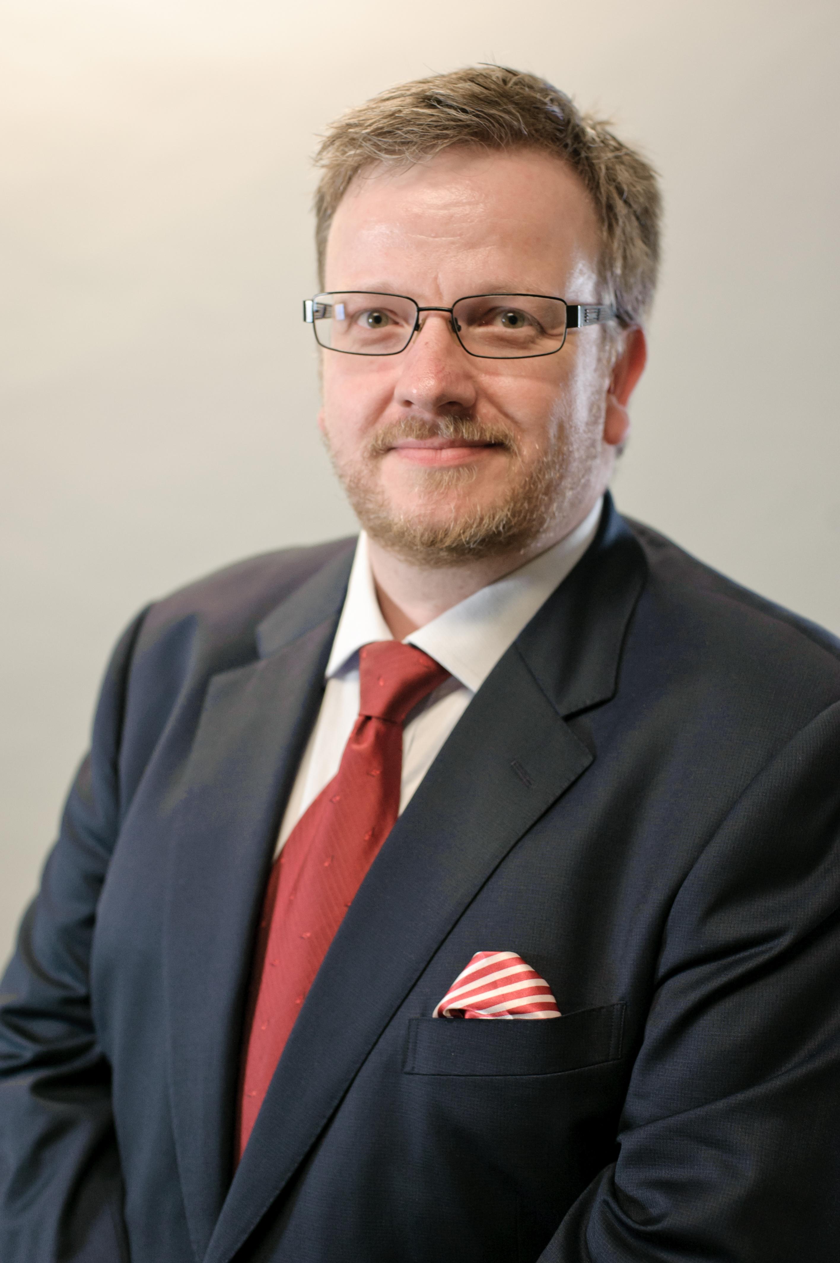 Dr Michael Moffatt