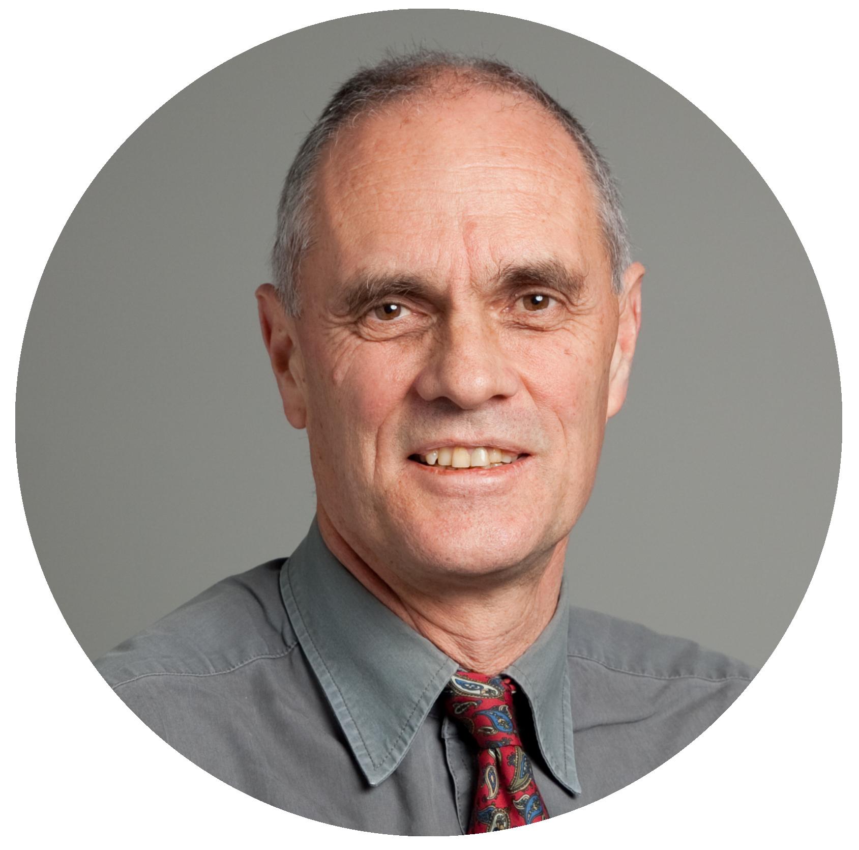Dr Tim Martin